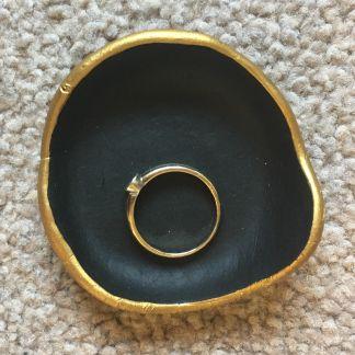 ring-holder-1